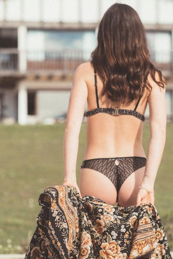Bas tanga Leopard love seconde peau et dentelle de Calais by Jolies mômes